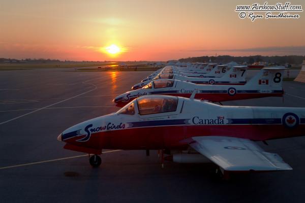 Canadian Snowbirds - Waterloo Airshow 2014