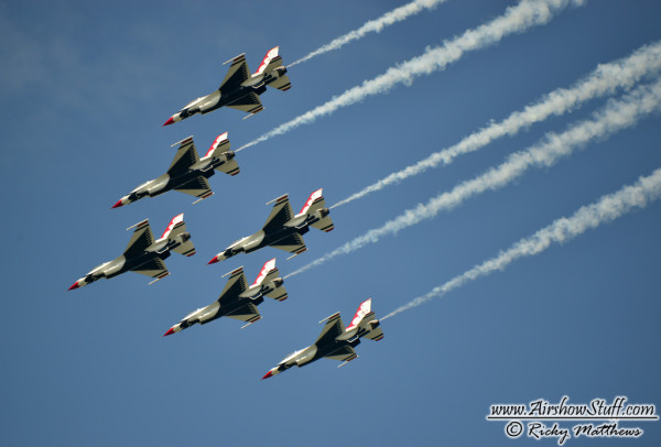 USAF Thunderbirds - Offutt AFB Airshow Canceled